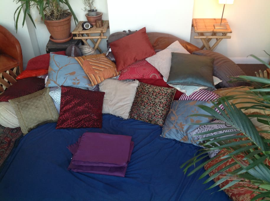 b the time you come, there'll most likely be more & nicer pillows, old ones thrown away - a constant process!