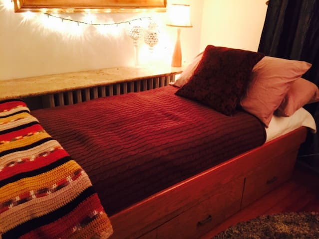 Cozy room in Huntington Village - Huntington - Hus