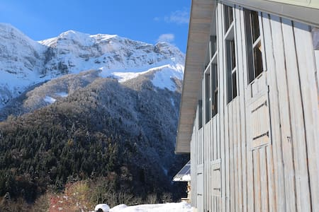 Isolated off-the-grid eco chalet in the Alps