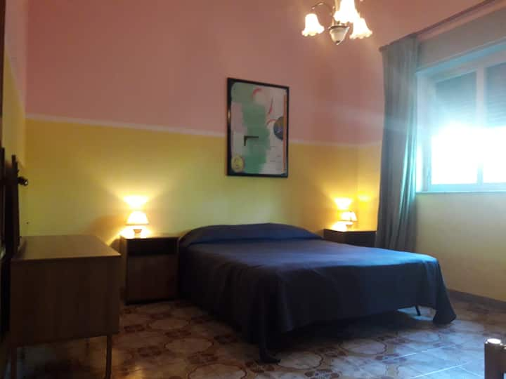 Casa GELSOMINO - basic friendly & social - room 1