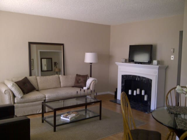 Monterey 2-Bed complete w/pool.  Min 30-day rental