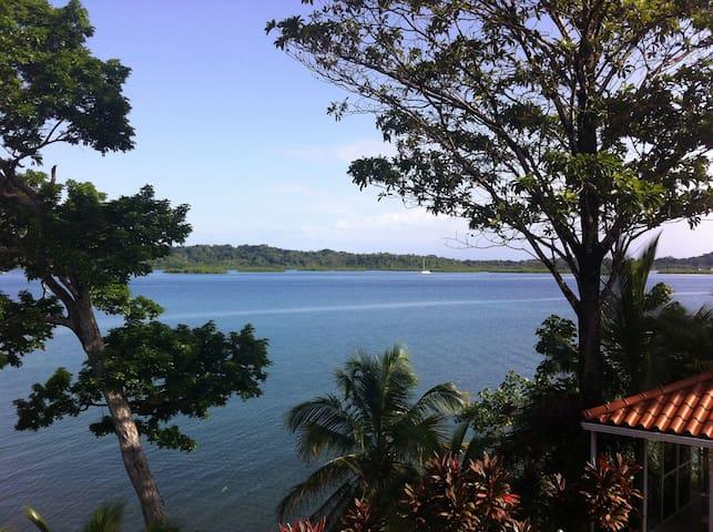 Nomad Living Villa - Maracuya Room - Bocas del Toro Province - Casa