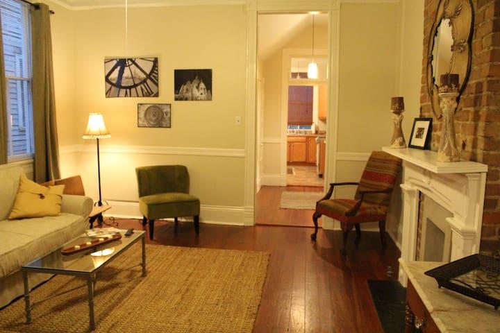 Uptown Chic - Nova Orleans - Apartamento