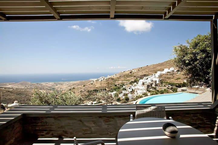 Superior Sea View Suite E - Triantaros - Bed & Breakfast