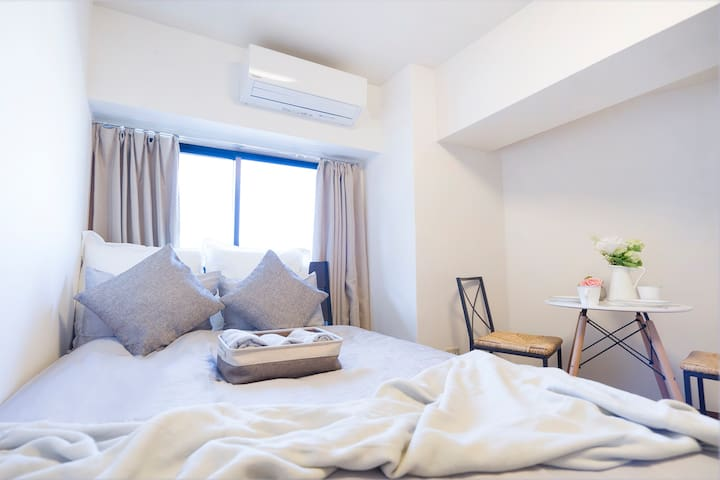 COZY APARTMENT NEAR OKUBO-STATION!!