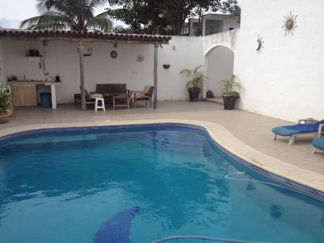 Bed & Breakfast with private-pool - Ixtapa - Wikt i opierunek