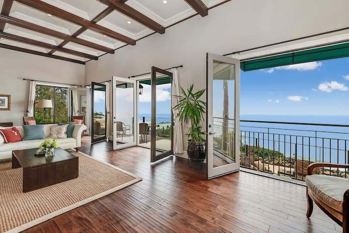 Spectacular Panoramic View Malibu Beach House