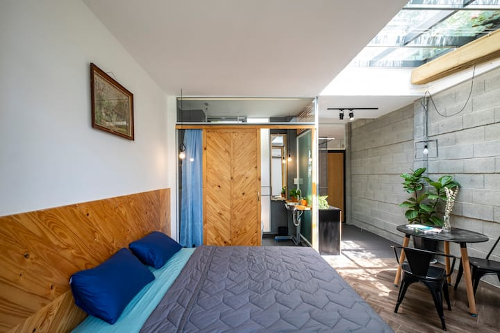 Aqua House 5 - Romanic Studio Open Plan Living