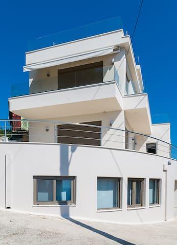 Anassa's Residence_3 pax_sea view_(surrealvillas)