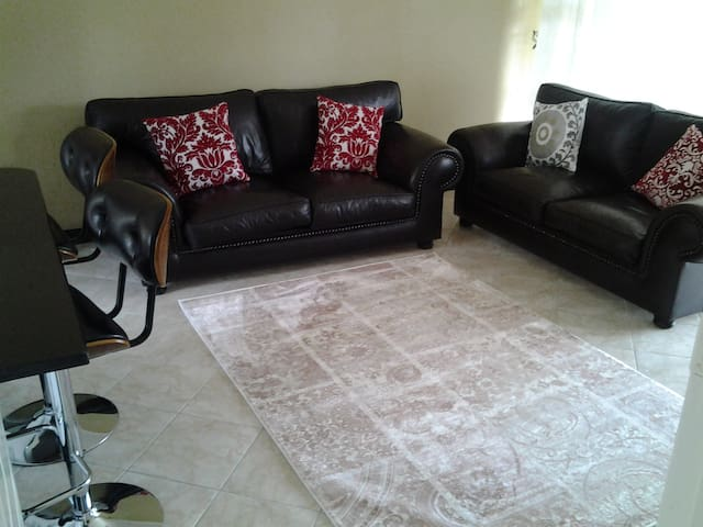 luxury two bedroomed apartments - Harare - Apartamento