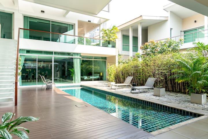 CHIAINN 免费接机 Free pick up/曼谷市中心/独栋泳池别墅 pool villa