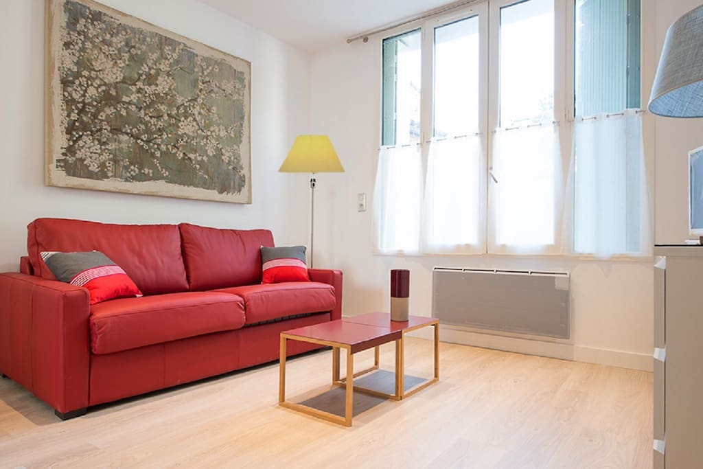 carre st pierre parking hyper centre apartments for rent in toulouse haute garonne france. Black Bedroom Furniture Sets. Home Design Ideas