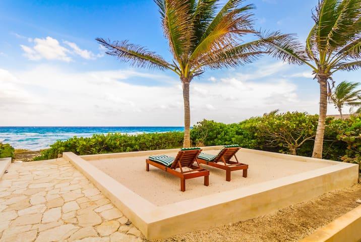 Breathtaking Oceanfront 4BR Villa, Dream Vacation!