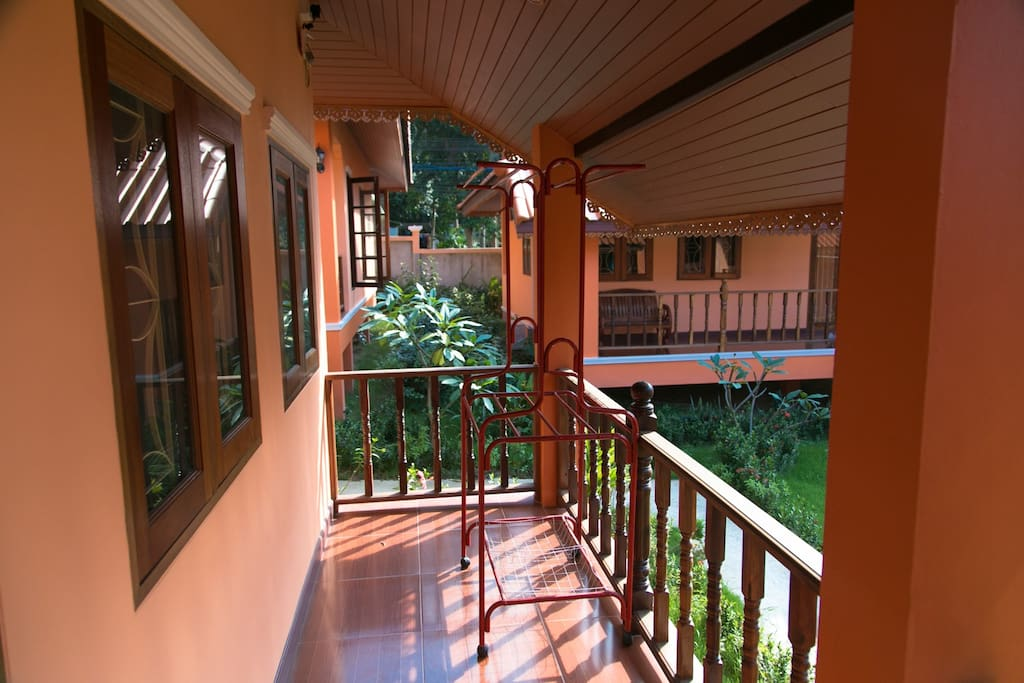 happy thai house with kitchen 2bedroom houses for rent