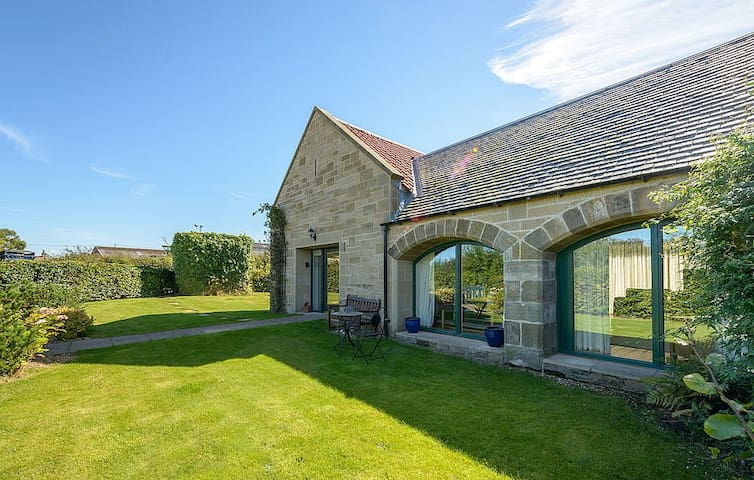 Beautiful 4 Bedroom House on Scotland's Golf Coast - East Lothian - House