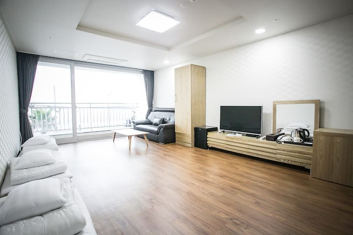 breezebay / ondol room(sea view) - Seogwipo-si - Overig