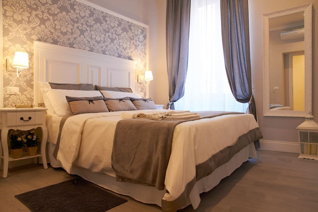 Charme chic luxury b b bed and breakfasts for rent in for Hotel rome chic