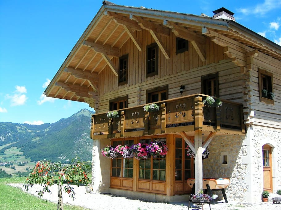 Chalet Châtelet in the Summer
