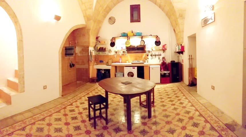 """Casa d'artisti"" for a couple visiting Salento"