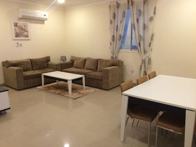 Private Room in Central Doha, Clean & Calm. - Doha - Flat