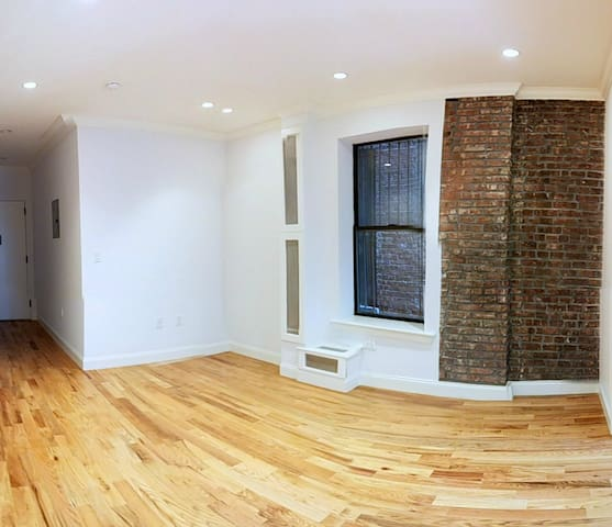 Sun Splashed 3BED Midtown LOFT 4Beds NEWRenovation - New York - Appartement en résidence