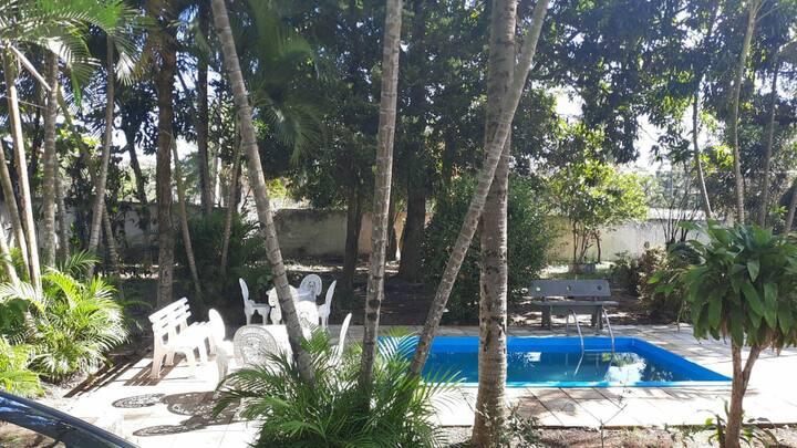 Mini sitio na zona oeste d Rio, ideal para relaxar
