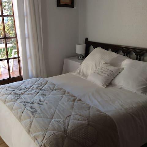 Une chambre sur canal avec vue - Emporiabrava - Bed & Breakfast