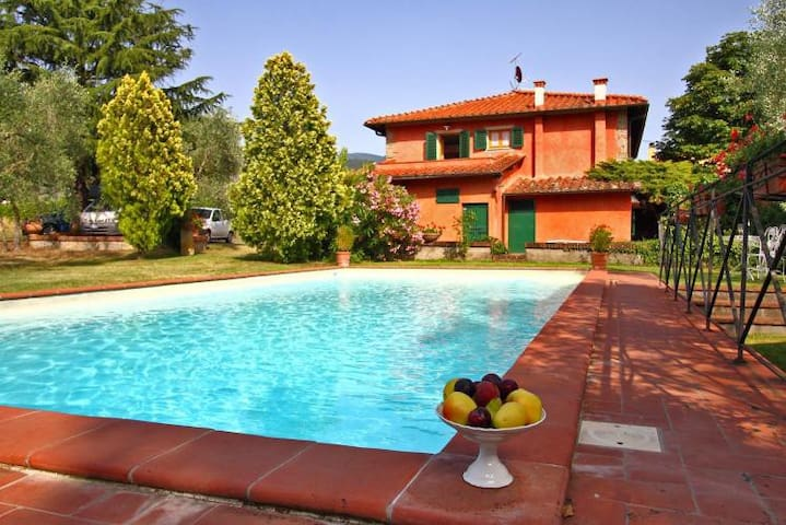 Panoramic restored tuscan-style villa with pool