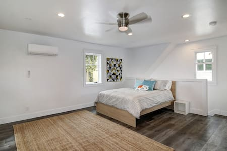 Bright and Light Bungalow - Sacramento - Guesthouse - 2