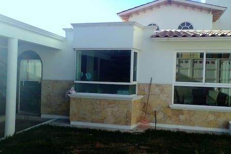 Tu casa en Ixtapan de la Sal (Chantli)