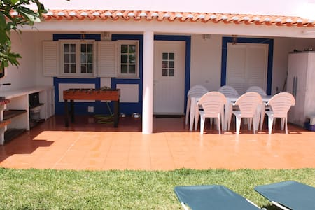 Casa do Almograve (beach house)