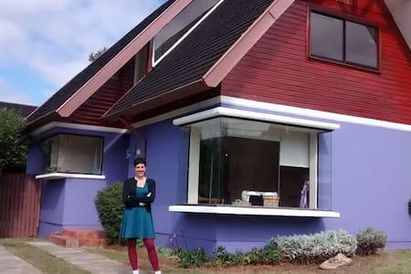 Isla Teja - Haus