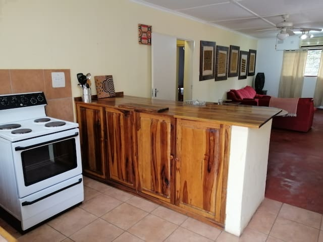 2 Bedroom Cottage by Maramba River