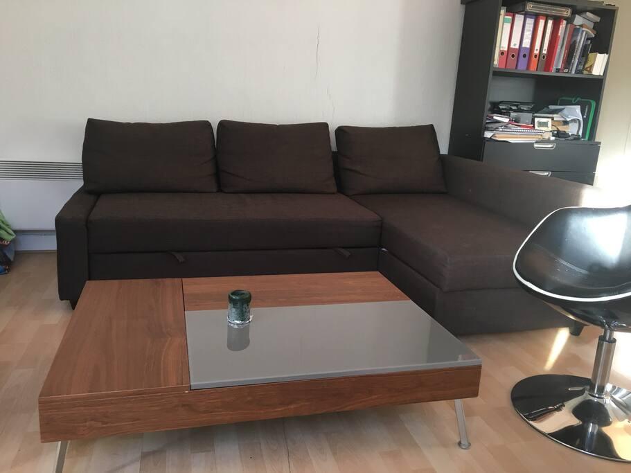 petit coin comfortable et lumineux appartements louer paris 16e arrondissement le de. Black Bedroom Furniture Sets. Home Design Ideas