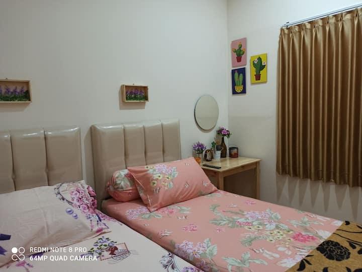 Lobivia Guesthouse Room 1