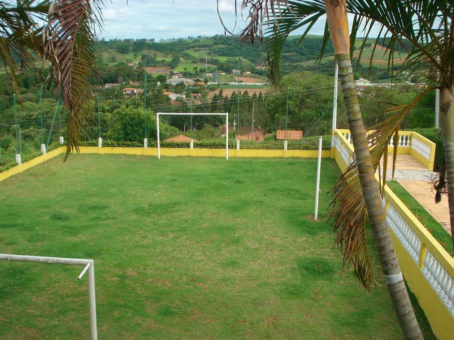 Campo poliesportivo