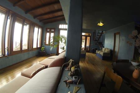Casa Bioclimática con finca - Arafo - House