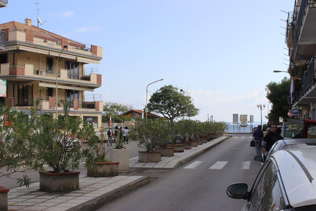 Taormina mare appartamenti in affitto a letojanni sicilia italia - La finestra sul mare taormina ...