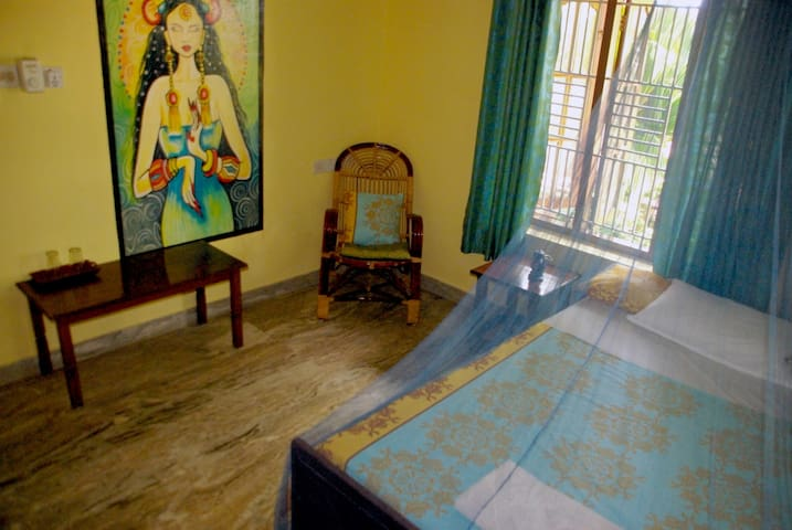 Aryavilla heritage - single room