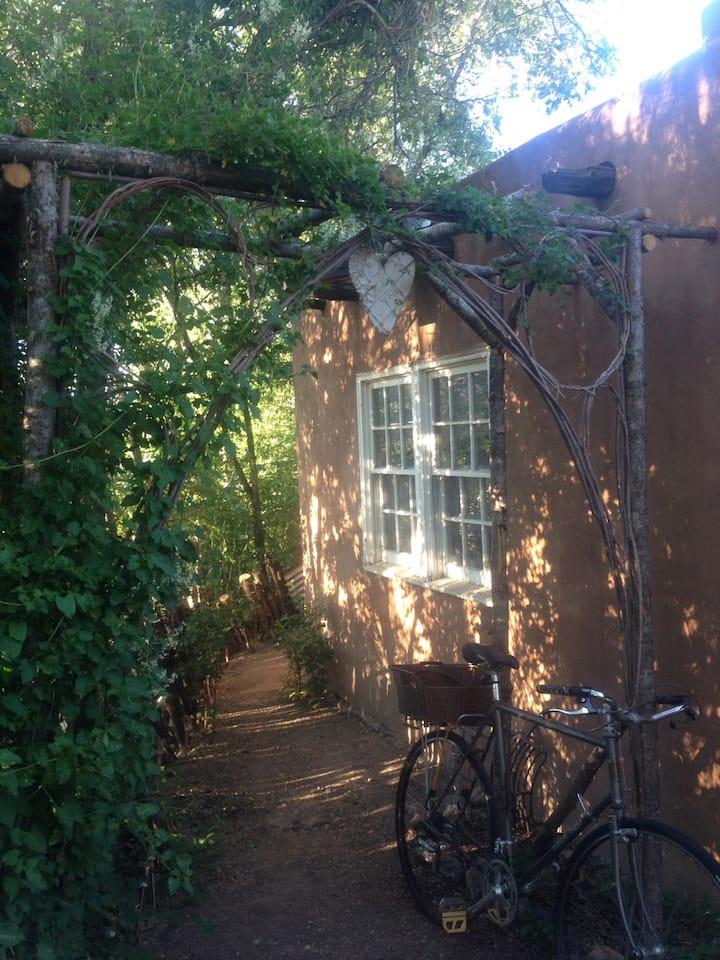 Adobe Abode, Heart of Santa Fe