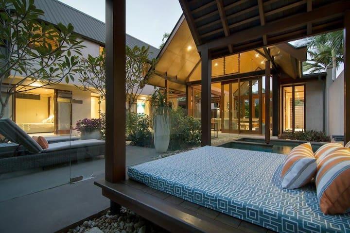 Idyllic tropical sanctuary Villa 31 Niramaya