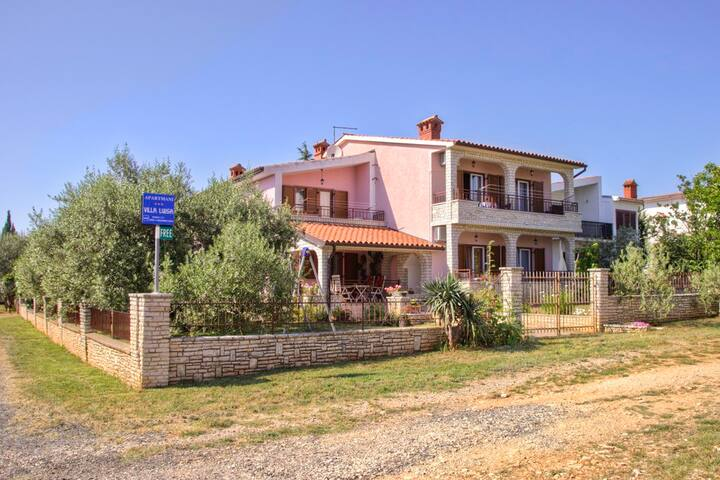 Beautiful APP  in a quiet village near the sea - Vodnjan - Apartamento