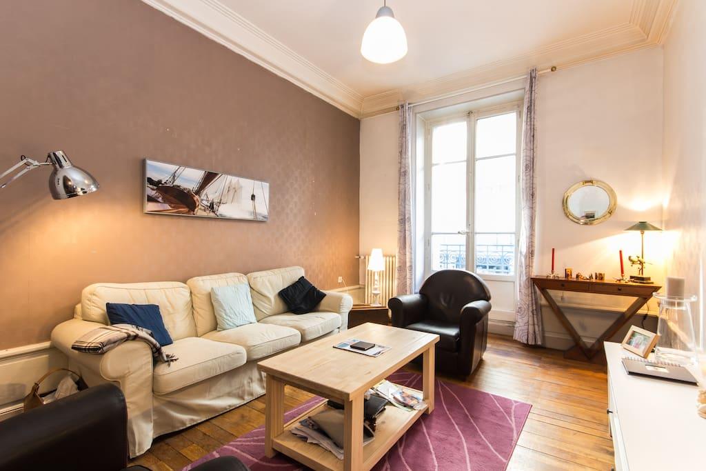 Chambre priv e plein centre appartements louer for Location appartement atypique grenoble