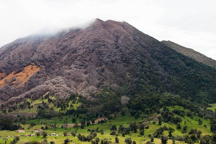 Turrialba Volcano. Photo by Ronald Reyes in 2010