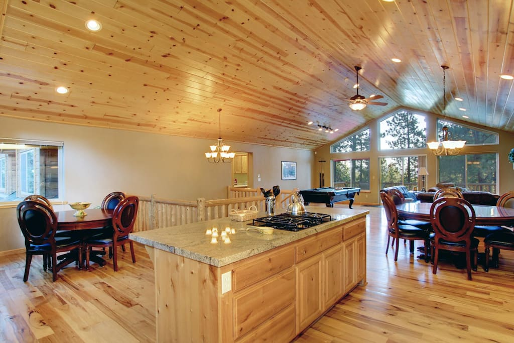 Gourmet Kitchen, Game Table and Dining Room