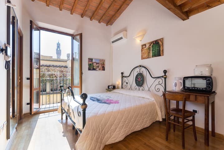 Great Mini Flat at Duomo Florence - Florencja