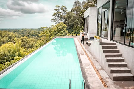 NAKED villa - Luxury Villa close to Galle.