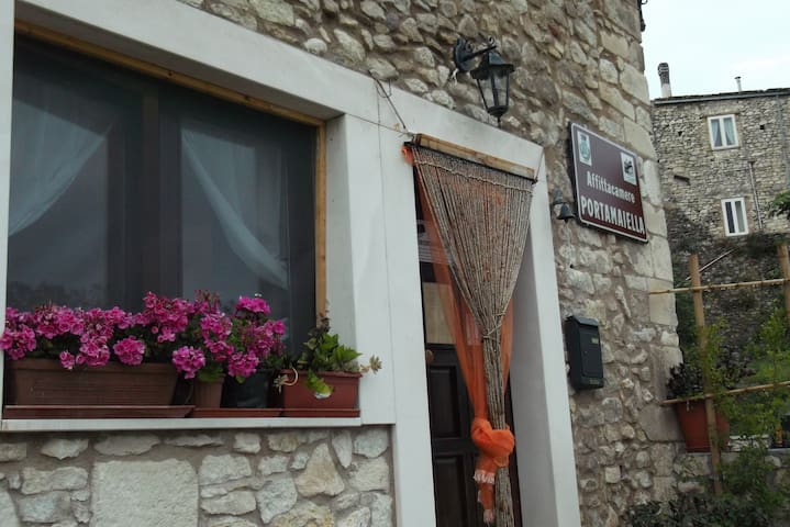 Rooms and breakfast on San Valentino in Abruzzo