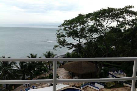 Amazing Ocean Front 1 bedroom #303 - Playa Coronado