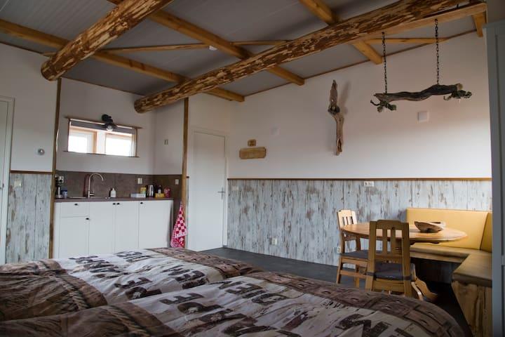 Heerlijk dromen in blokhut sfeer - Den Hoorn
